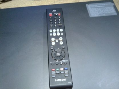 Samsung BD P1400 Blu Ray Disc Player w remote HDMI cable Works great 264845877113 5
