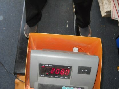 Pallet truck scale has a 1000 lbs capacity local pick up 264812776986 11