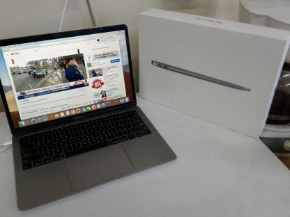 Apple Macbook air works great 274654483719