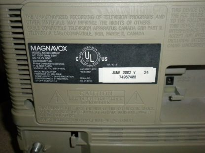 Magnavox MC09D1MG01 Color 9 TVVCR Combo TV with Remote 264580448049 7